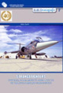 Strangefighters. Ovvero, F-104: aspetti poco noti di un velivolo molto conosciuto - Zanfi Aldo; Chistè F. (cur.)